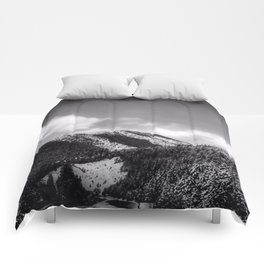 Big Sky Country - Black And White Comforters