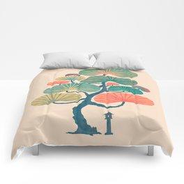 Japan garden Comforters