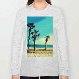 Sunny day at the beach ( Alicante, Spain ) Long Sleeve T-shirt
