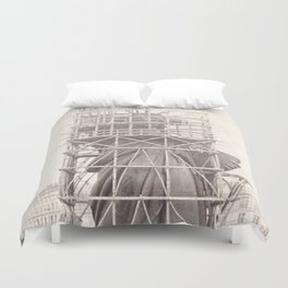 Construction of The Statue of Liberty Duvet Cover