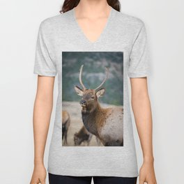 ELK IN ROCKY MOUNTAIN NATIONAL PARK - ELK HERDS GRAZING THE LAND BULL ELKS FIGHTING AND PLAYING  Unisex V-Neck