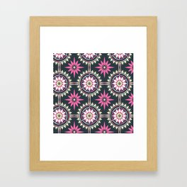 Daisy Chain (Patterned) Framed Art Print