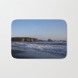 Beach at Pudding Creak, Fort Bragg, Northern California Bath Mat