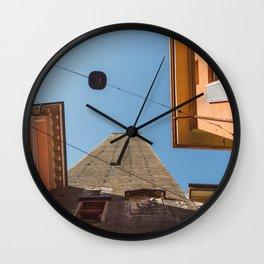 Bolonia es de color naranja Wall Clock