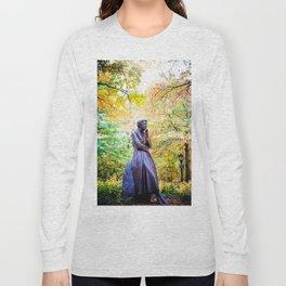 Eleanor Roosevelt Statue in Riverside Park Long Sleeve T-shirt