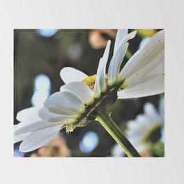 Flower No 4 Throw Blanket