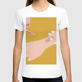hand with wound T-shirt
