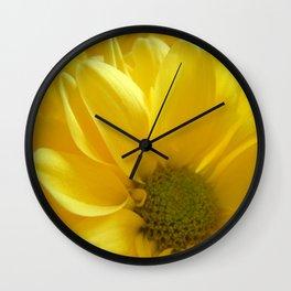 Sunshine Daisies, Butter Mellow Wall Clock