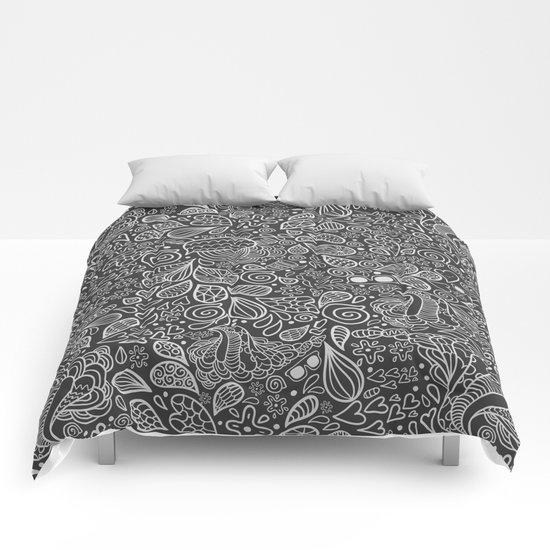 Doodle pattern Comforters