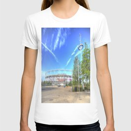West Ham Olympic Stadium And The Arcelormittal Orbit  T-shirt