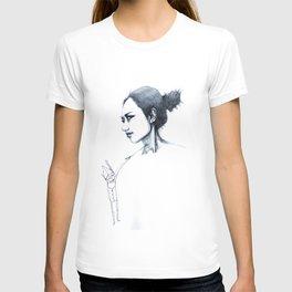 re;5 T-shirt