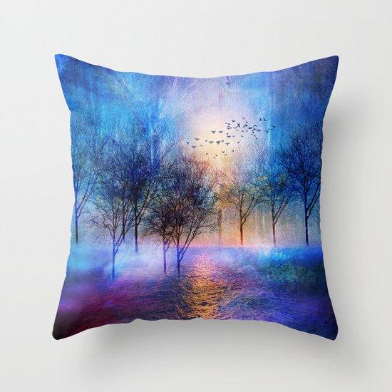 Paisaje y color II Throw Pillow