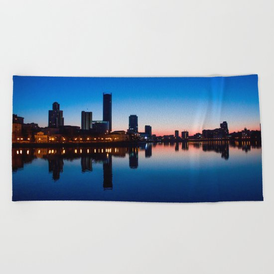 Night city Beach Towel