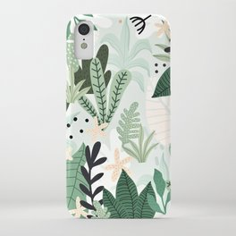 Into the jungle II iPhone Case