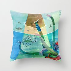hunting games Throw Pillow