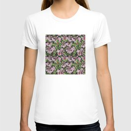 Floral insects pattern T-shirt