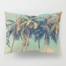 Aloha! Retro palm tree on the beach - summer vibes vintage illustration Pillow Sham