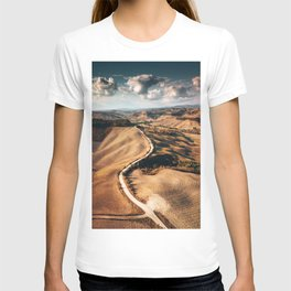 tuscany countryside in summer T-shirt