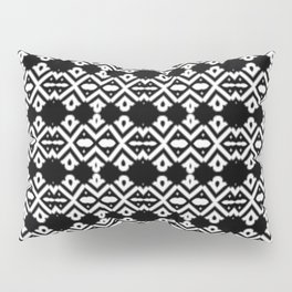 Arrows and Diamond Black and White Pattern 2 Pillow Sham