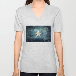 Somalia‬ national flag (officially the Federal Republic of Somalia) Vintage version to scale Unisex V-Neck