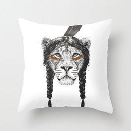 Warrior lion Throw Pillow