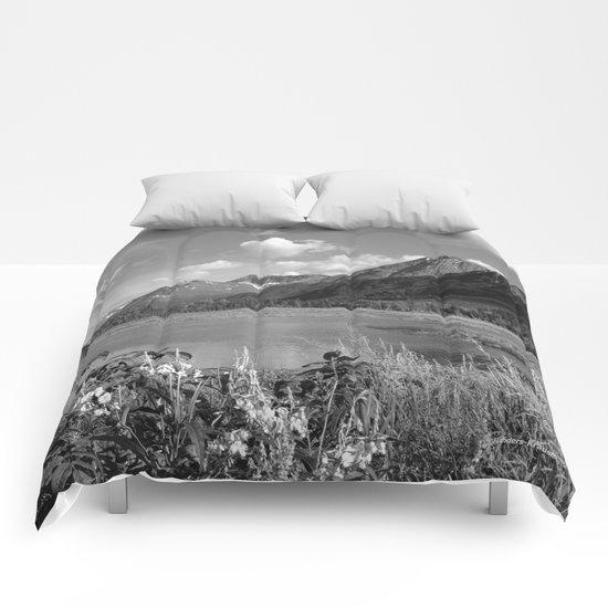 Tern Lake - Mono 2 Comforters