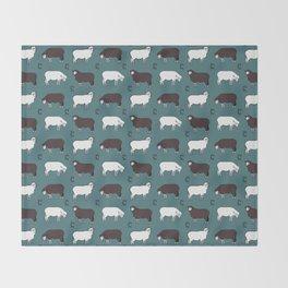 Sheep spread green Throw Blanket