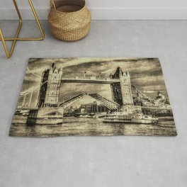 Tower Bridge and the Dixie Queen vintage Rug