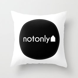 notonly circulo Throw Pillow