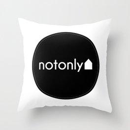 notonly circulo Throw Pillow