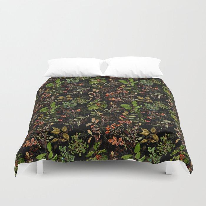 Vintage & Shabby Chic - vintage botanical wildflowers and berries on black Bettbezug