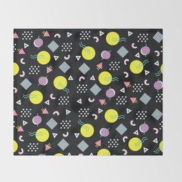 90's geometry Throw Blanket