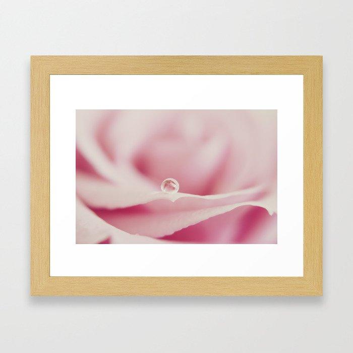 The roses jewel Framed Art Print