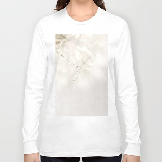 Sparkling dandelion seed head with droplet Long Sleeve T-shirt