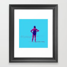 En la orilla Framed Art Print