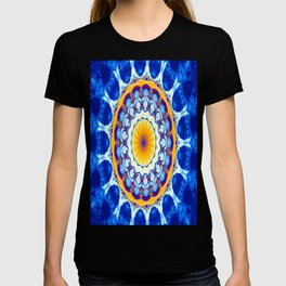 Fractal kaliedoscope/mandala M8 T-shirt
