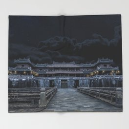 Hue Citadel Throw Blanket