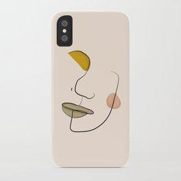 Le portrait d'Henriette iPhone Case