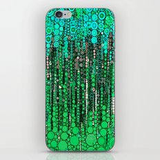 :: Grass IS Greener :: iPhone & iPod Skin