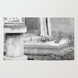 grave Rug