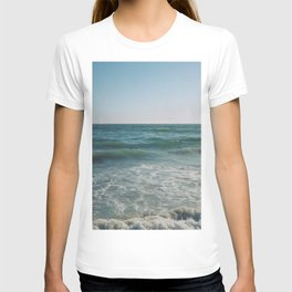 Summer Blues / Huntington Beach, California T-shirt