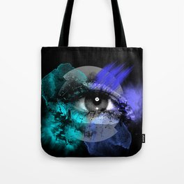 Eye of a color Tote Bag