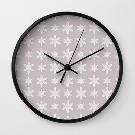 Lacy Mocha Pattern with Creamy Chenille Stars Wall Clock
