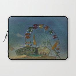 Textured Ferris Wheel Laptop Sleeve