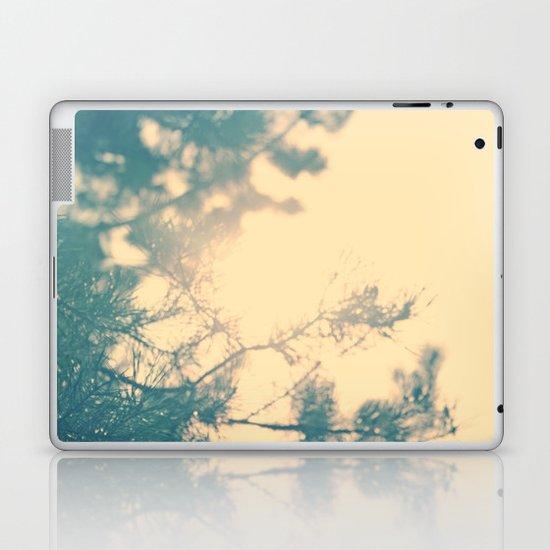 Sunny daze Laptop & iPad Skin