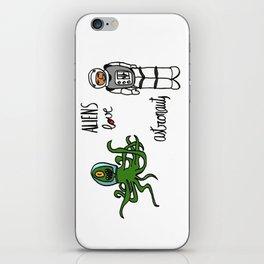 Aliens love astronauts iPhone Skin