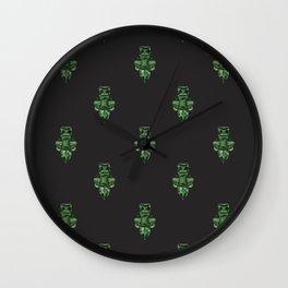 Jewelbox: Emerald Brooch Repeat in Black Onyx Wall Clock