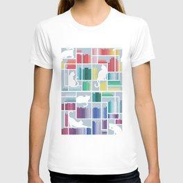 Rainbow bookshelf // pastel blue background white shelf and library cats T-shirt