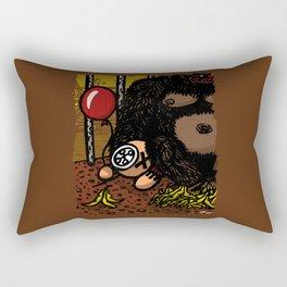 La cage du gorille Rectangular Pillow