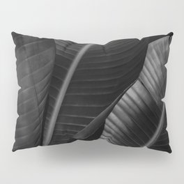 Banana leaf allure - night Pillow Sham